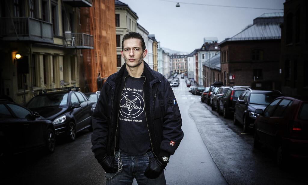 FRONTFIGUR: Kristopher Schau i The Dogs ute med ny plate. Foto: Nina Hansen / Dagbladet