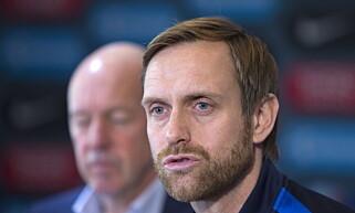 LANDSLAGSTRENER: Martin Sjögren og landslaget tapte alle kampene i årets fotball-EM. Foto: Terje Bendiksby / NTB scanpix