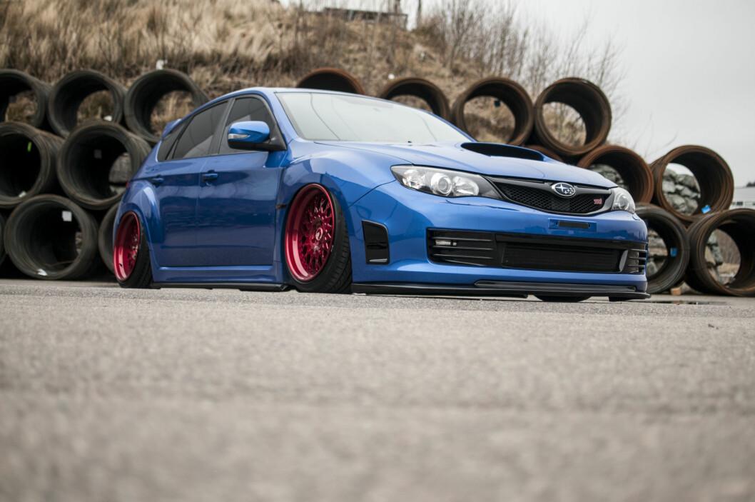 <strong><b>MOTSATT:</strong></b> Vanligvis linkes Subaru til grusveier og skogsrally. Det hadde sikkert lagt igjen litt plast om denne ble brukt til sånt.  Foto: KAJ RATH ALVER