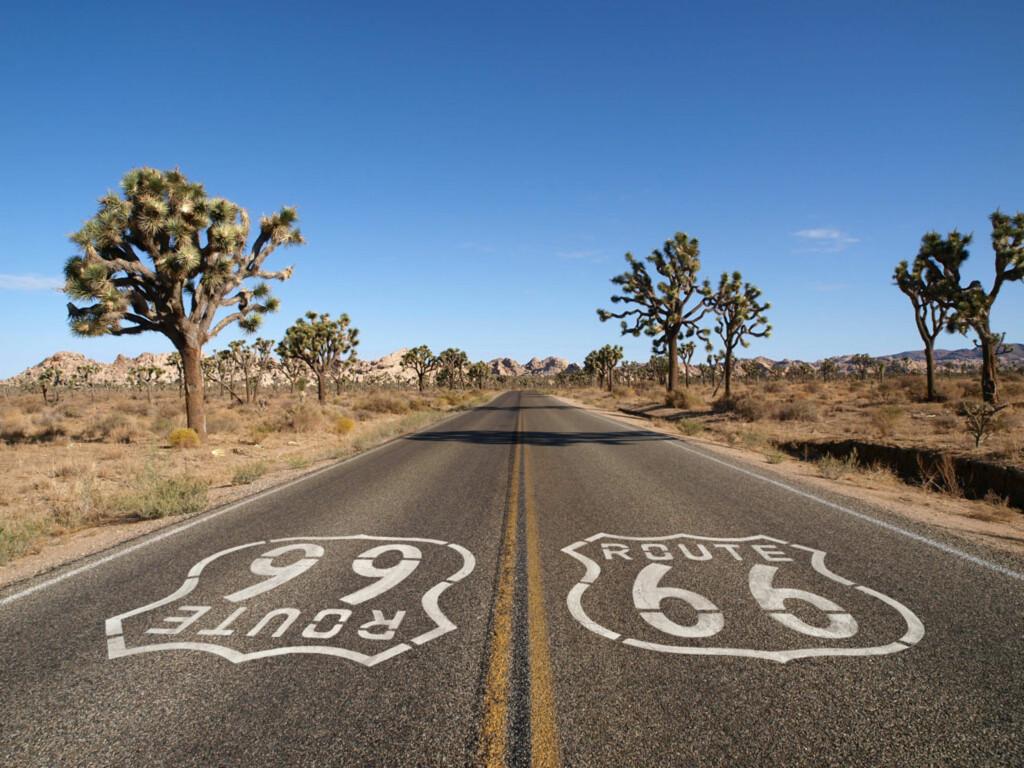 Alle veiers mor, hovedveien, eller den opprinnelige motorveien er bare noen av kjæle-navnene på Route 66. Her kan også du kjøre! Foto: PantherMedia / trekandshoot imag