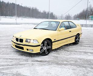 image: BMW M3 (1993)