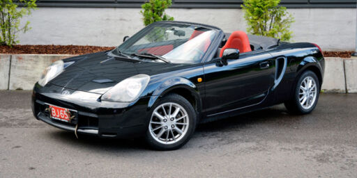 Toyota MR2 MKIII (2002)