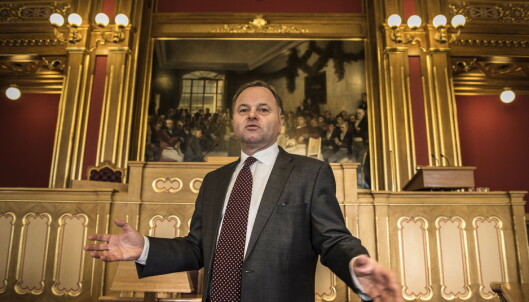 Kontrollkomiteen retter kraftig skyts mot Thommessen: - Det er det mest alvorlige jeg har hørt om siden krigen