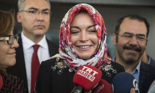 image: Lindsay Lohans helomvending vekker oppsikt: - Alaikum salam