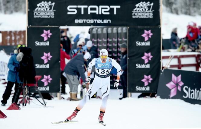 USIKKERHET RUNDT FORMEN: Dette synet hører til sjeldenhetene denne sesongen - en Petter Northug på startstreken. Her fra Beitosprinten i november. Foto: Bjørn Langsem