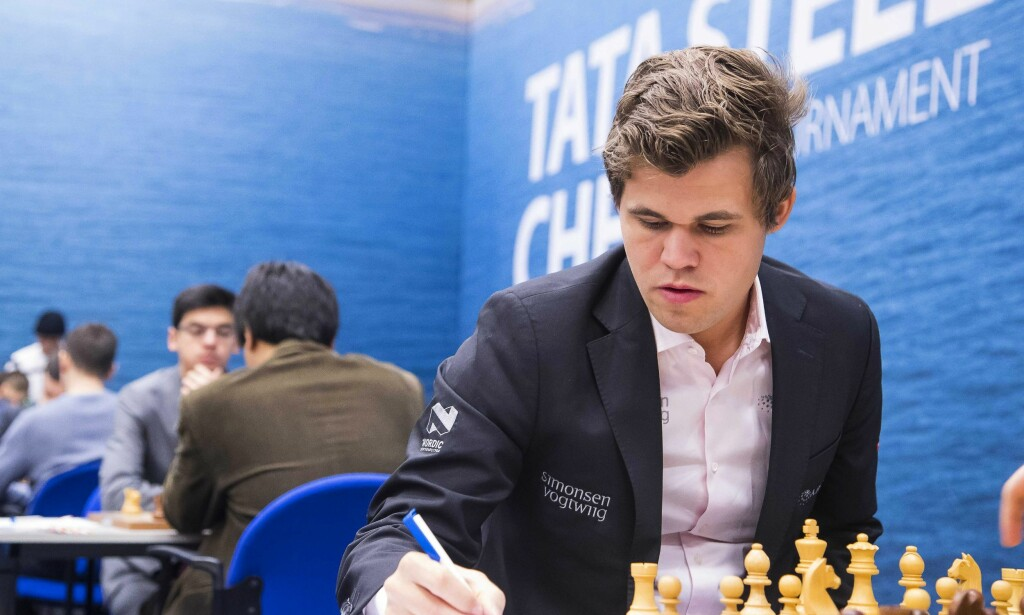 REMIS: For Magnus Carlsen i Tata Steel Chess Tournament. Foto: NTB Scanpix/EPA/KOEN SUYK