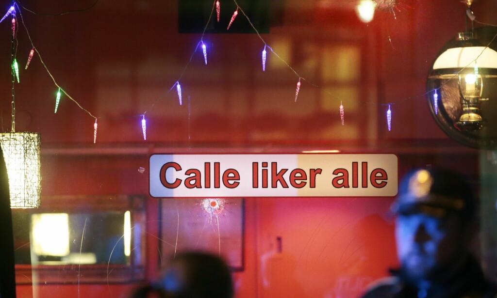 SIKTET FOR DRAPSFORSØK: To personer er nå siktet for drapsforsøk etter at flere skudd ble avfyrt mot Calles mat og vinhus i Hausmanns gate i Oslo i desember. Ingen personer ble skadd i skytingen. Foto: Lise Åserud / NTB scanpix