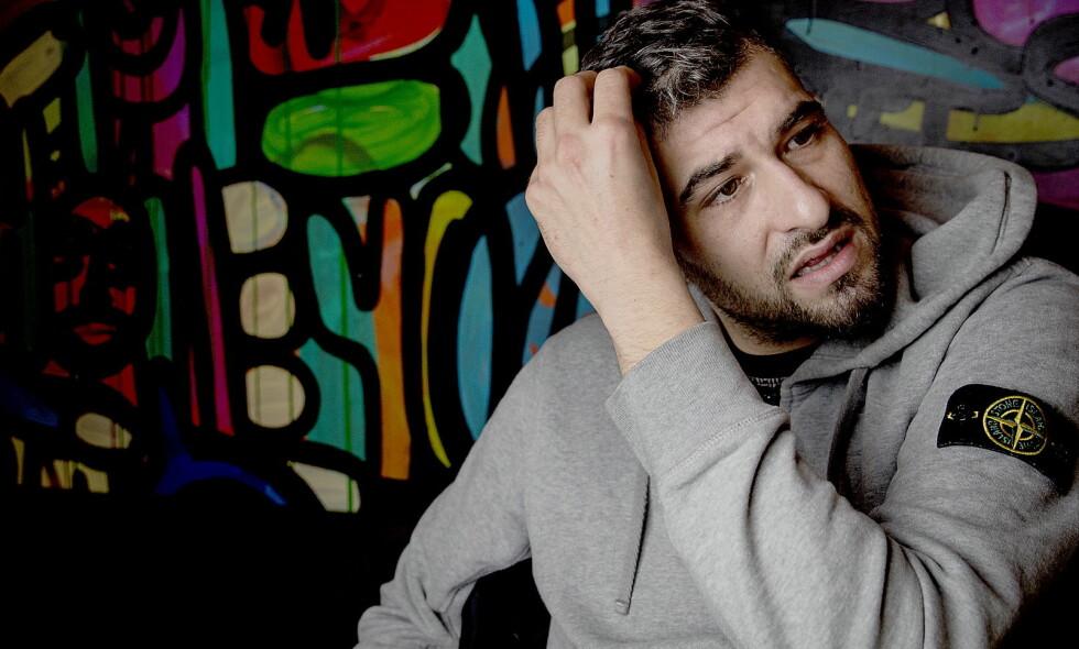 GLEDER SEG OVER PRISEN: Leo Ajkic forteller at han ikke går inn i diskusjoner på sosiale medier. Jeg tar det chill og gleder meg over prisen, sier han. Foto: Bjørn Langsem / Dagbladet