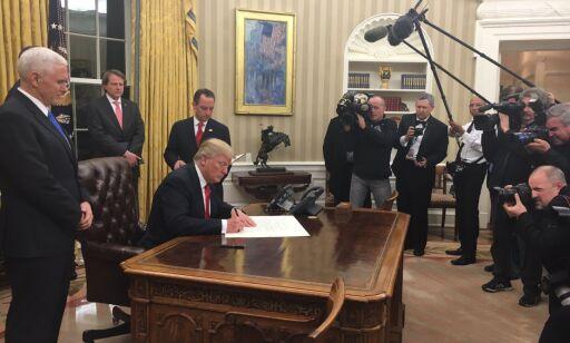 image: Trumps første grep som president: Har signert presidentordre mot Obamacare