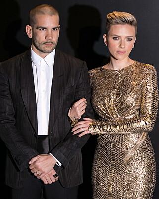 LYKKEN BRAST: Scarlett Johansson og ektemannen Romain Dauriac har valgt å ta ut skilsmisse. Foto: NTB Scanpix