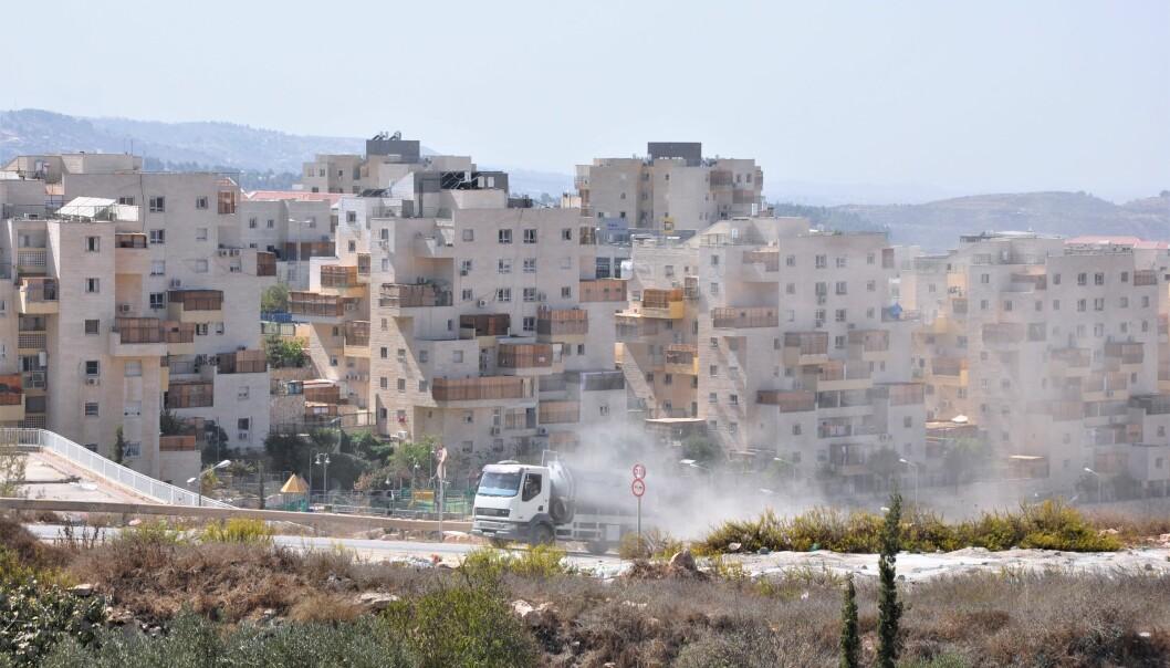 <strong>- ULOVLIG:</strong> Ifølge folkeretten er bosetningen Beitar Illit på Vestbredden ulovlig. Foto: Mikkel Bahl/Danwatch
