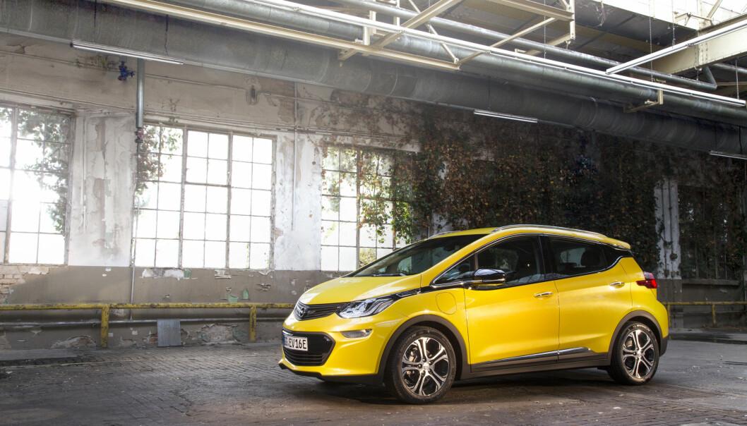 <strong>Slår alle:</strong> Opel Ampera-e slår alle elbilene på markedet i dag på oppgitt rekkevidde, inkludert de aller fleste Tesla. Foto: Opel&nbsp;