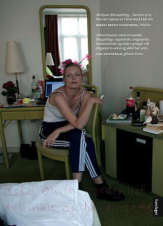SORGPROSESS: Asta Olivia Nordenhof sier at det å skrive diktsamlingen «Det enkle og det einsame», var preget av en enorm sorg. Foto: Samlaget