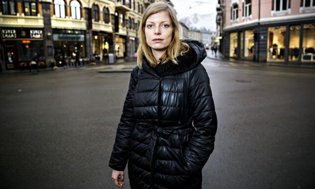 GIR ANDRE STYRKE: - Jeg vil at diktsamlingen min skal leses som samfunnskritikk, sier Nordhenhof. Foto: Nina Hansen / Dagbladet