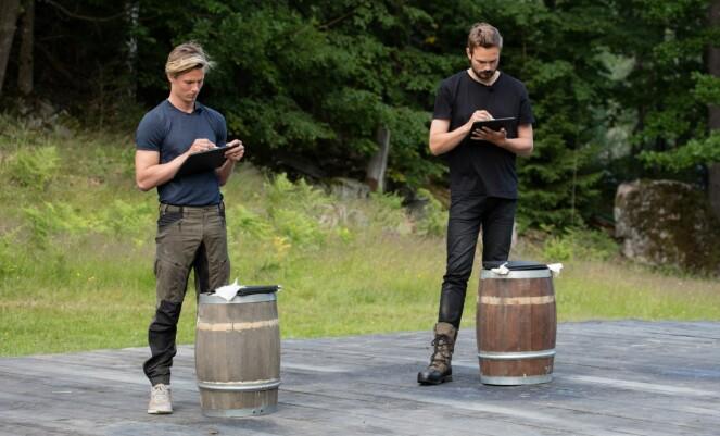 <strong>VANT:</strong> Tore Petterson (t.h) valgte kunnskap som gren under søndagens tvekamp, og vant over Lavrans Solli. Foto: Foto: Alex Iversen / TV 2