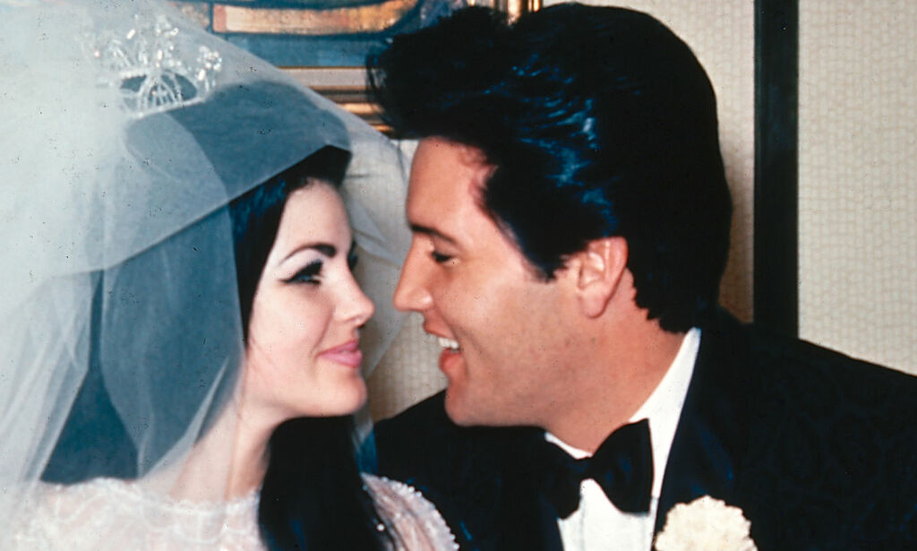 image: Nå letter hun på sløret om Elvis' siste dager