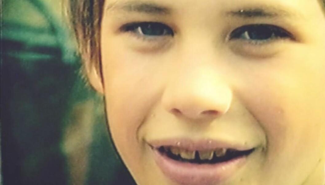 UNGDOM: I en episode av «Fjorden Cowboys» vises et barndomsbilde av Lothepus. Foto: Fjorden Cowboys / TV 2 / Flimmer Film