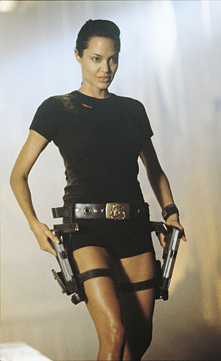 FORRIGE VERSJON: I 2001 var det Angelina Jolie som gestaltet Lara Croft. Foto: Filmweb