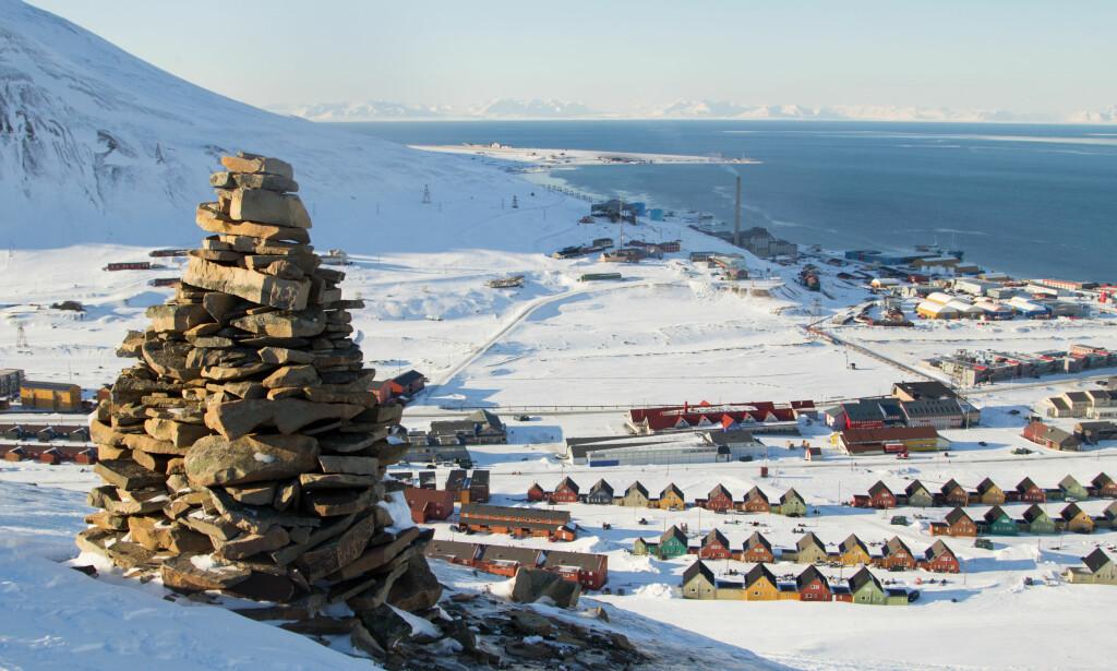 HIT ER DET DYREST: Oslo-Longyearbyen er dyreste direkterute i Norge. Foto: Shutterstock/NTB Scanpix