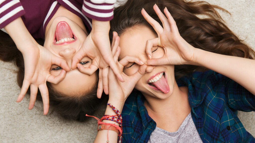 BFF: Har du en bestevenninne? Det er noen ting du aldri må gjøre mot henne... Foto: Shutterstock