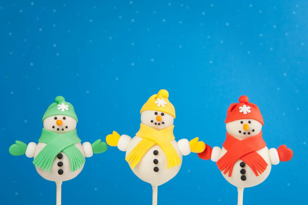 Foto: Vi elsker disse søte snømennene. Kanskje litt vanskelige å lage, men det er jo lov å prøve?