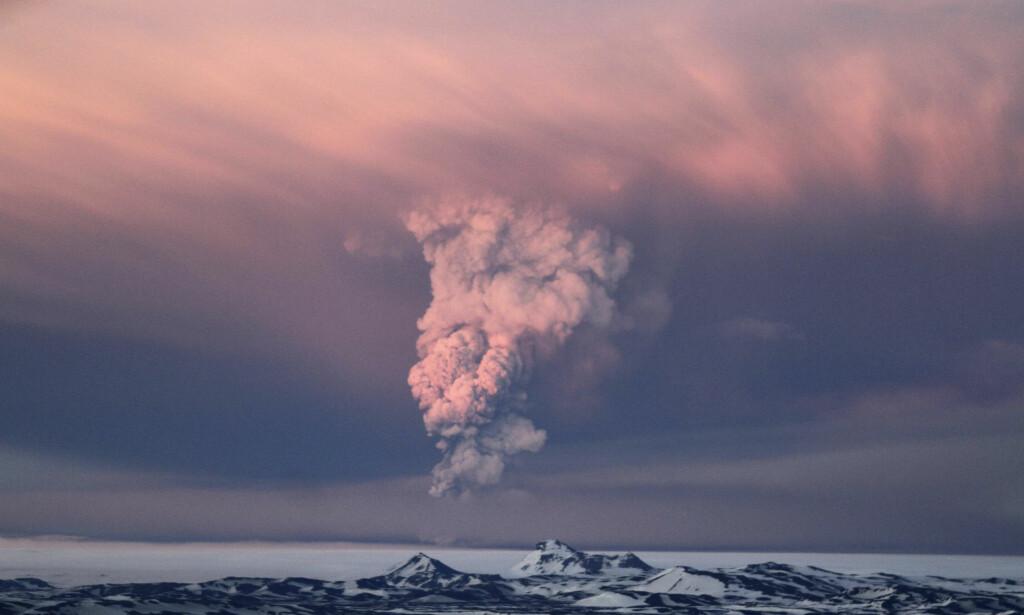 Grímsvötn: er en av islands klart mest aktive vulkaner. Bildet viser det forrige utbruddet i mai 2011. Foto: Jon Gustafsson/AP/NTB Scanpix