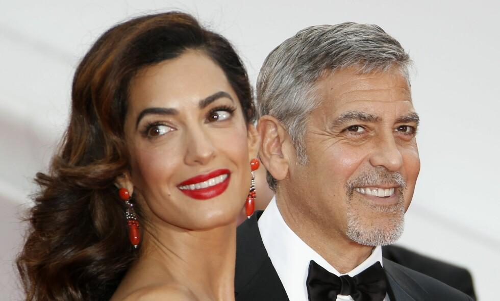 FORELSKELSE: George og Amal Clooney snakker om hvordan de møttes og livet som småbarnsforeldre i nytt intervju. Foto: NTB Scanpix