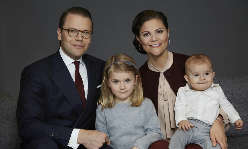 PÅ FERIE: Den kongelige familien er på ferie sammen, så det kan godt tenkes at prinsesse Estelle feirer femårsdagen et helt annet sted enn hjemme på Haga slott. Foto: Anna Lena Ahlström / Kungahuset.se