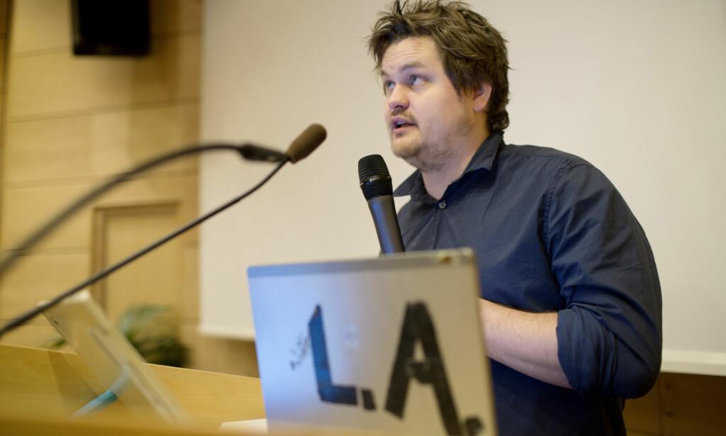 OMTALT I BOKA: Forfatter og journalist Lars Akerhaug skrev om Hasic boka «Norsk jihad» fra 2013. Her holder han et innlegg under Justisdepartementets radikaliseringskonferanse i 2013. Foto: Thomas Winje Øijord / NTB scanpix