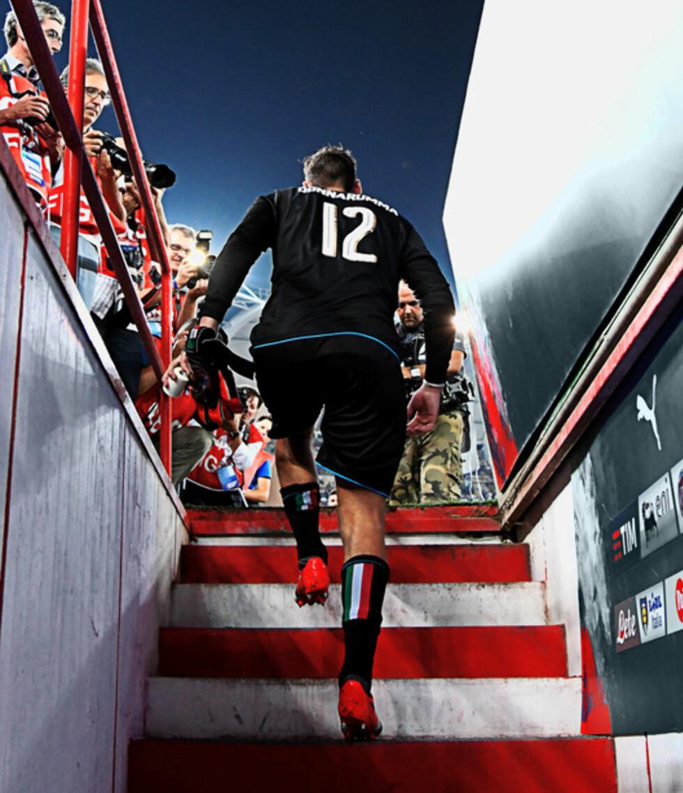 ITALIAS NYE STJERNE: AC Milans Gigio Donnarumma er i en alder av 18 år allerede fast på det italienske storlaget. Foto: FourFourTwo