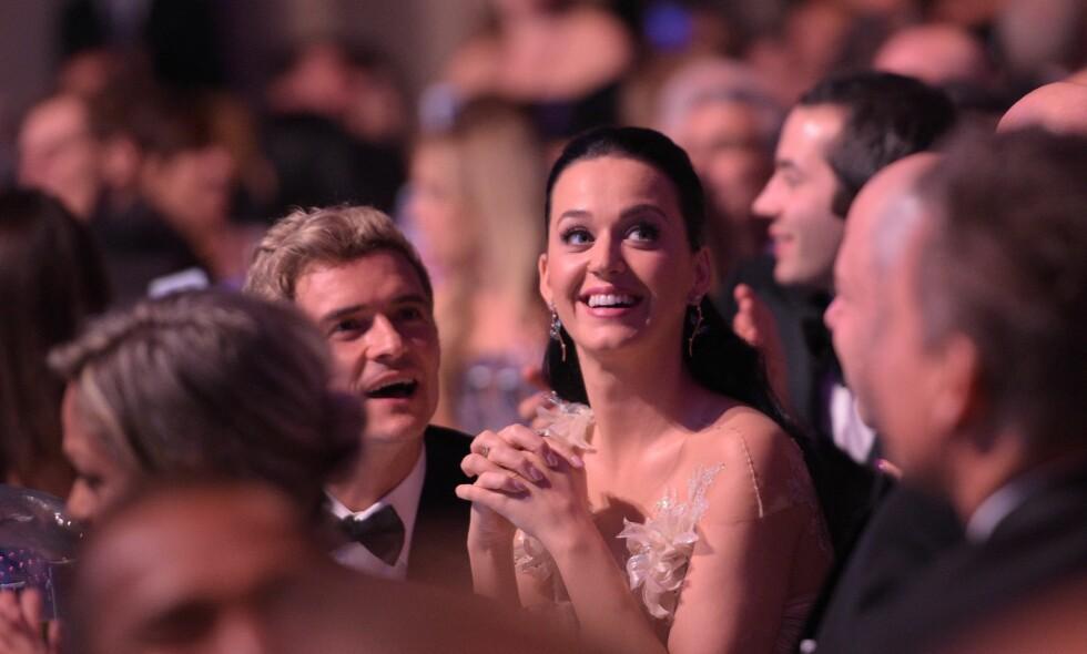 TAR BLADET FRA MUNNEN: Orlando Bloom og Katy Perry har vært kjærester siden januar i fjor. Tidligere denne uka annonserte imidlertid duoen at de tar en pause. Nå har sistnevnte uttalte seg om saken i sosiale medier. Foto: NTB Scanpix