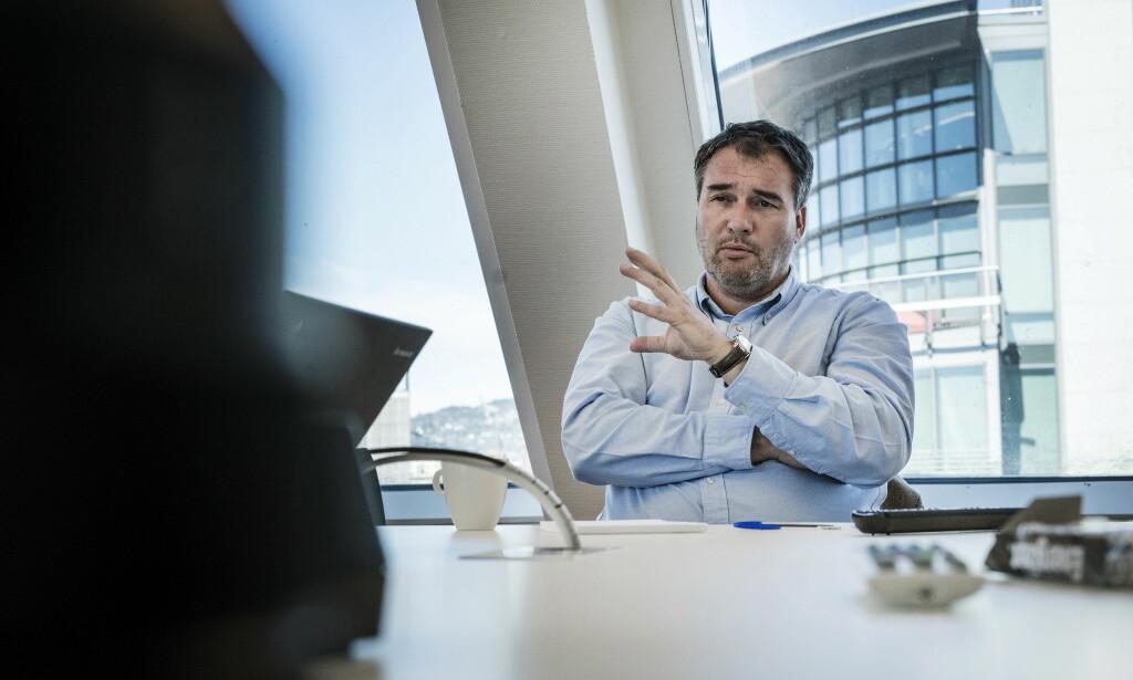 SKATTEEKSPERT: Bjørn Marhaug er koordinator for A-krimsenteret, som nå skal undersøke saken hvor Dagbladet har avslørt omfattende svart arbeid. Foto: Øistein Norum Monsen / Dagbladet