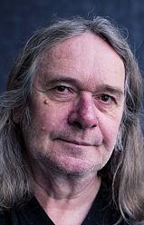 Oslo  20160525. Forfatter Ingvar Ambjørnsen fyller 60 år. Intervjues på Kaffistova i Oslo. Foto: Håkon Mosvold Larsen / NTB scanpix