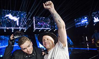 HURRA: Vinner Jowst, låtskriverne bak «Grab The Moment» er Jonas McDonnell og Joakim With Steen. Foto: Fredrik Varfjell / NTB scanpix