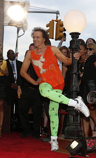 FARGERIK: Richard Simmons avbildet under MTV Video Music Awards i New York i 2013. Bare et halvt år før han forsvant fra radaren. Foto: NTB Scanpix