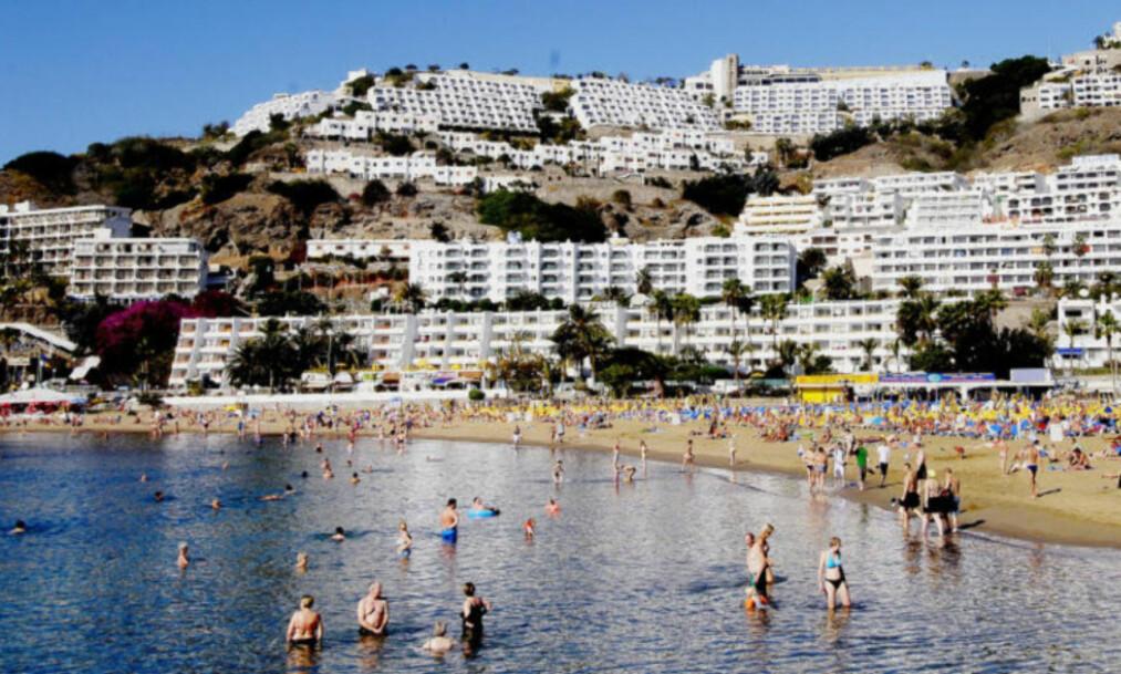 <strong>Stor leteaksjon:</strong> De siste dagene har det pågått en stor leteaksjon etter mannen som ble meldt savnet i Puerto Rico- og Balito-området på Gran Canaria lørdag. Her fra stranden i Puerto Rico. Foto: John Terje Pedersen