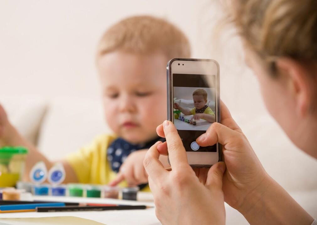 a1f679fb FOTOGRAFERING AV BARN: Stadig flere barnehager velger å oppdatere foreldre  gjennom egne apper. Foto