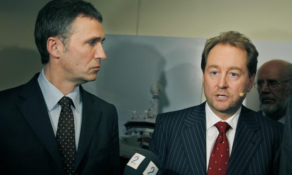 KOMPLISERT FORHOLD: Kjell Inge Røkke og Jens Stoltenberg under Akerdagene i 2009. I 2007 gikk staten inn som deleier i Aker Kværner. Det ble en komplisert affære. Foto:  Jacques Hvistendahl