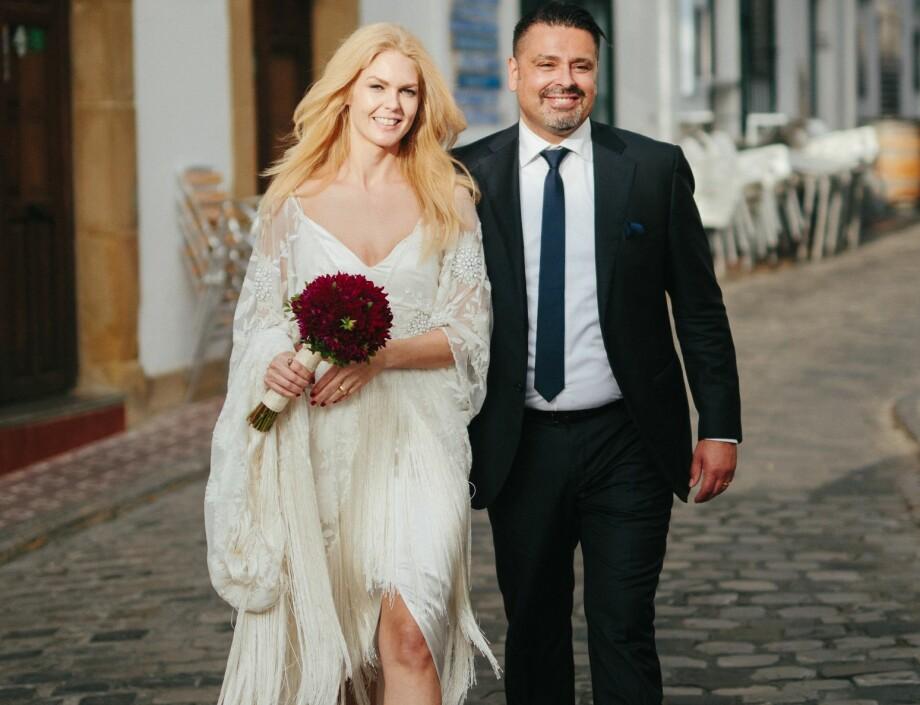 NOE BRUKT: Forbrukerøkonom i Nordea, Elin Reitan, gikk for brukt brudekjole da hun giftet seg med Ben Azouagh i fjor.