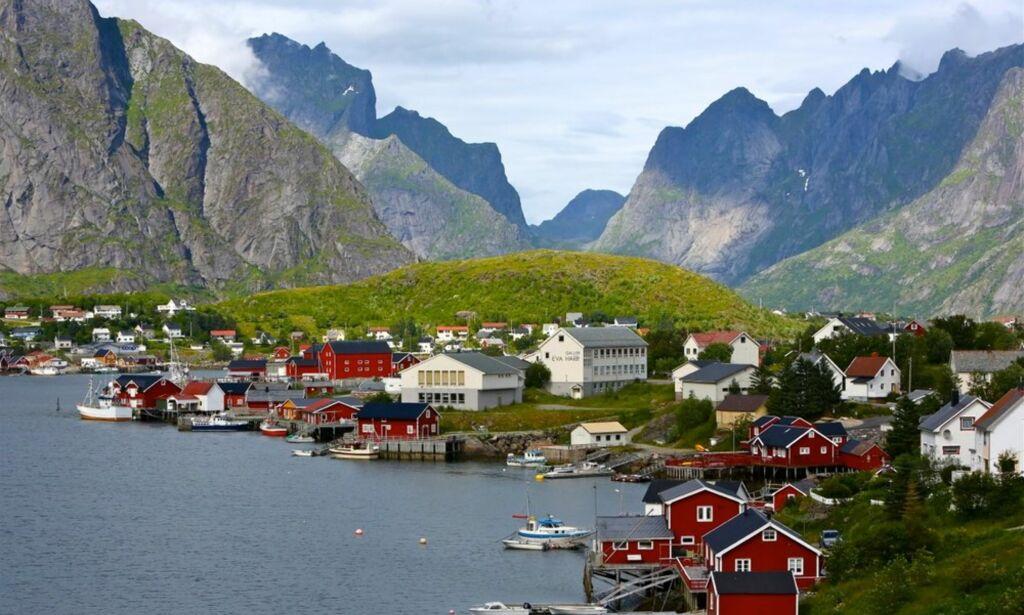 image: Nordmenn vil la olje ligge for å spare klimaet