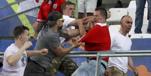 image: Sjokkerte med voldstrusler i hooligan-dokumentar. Nå slår russiske fans tilbake