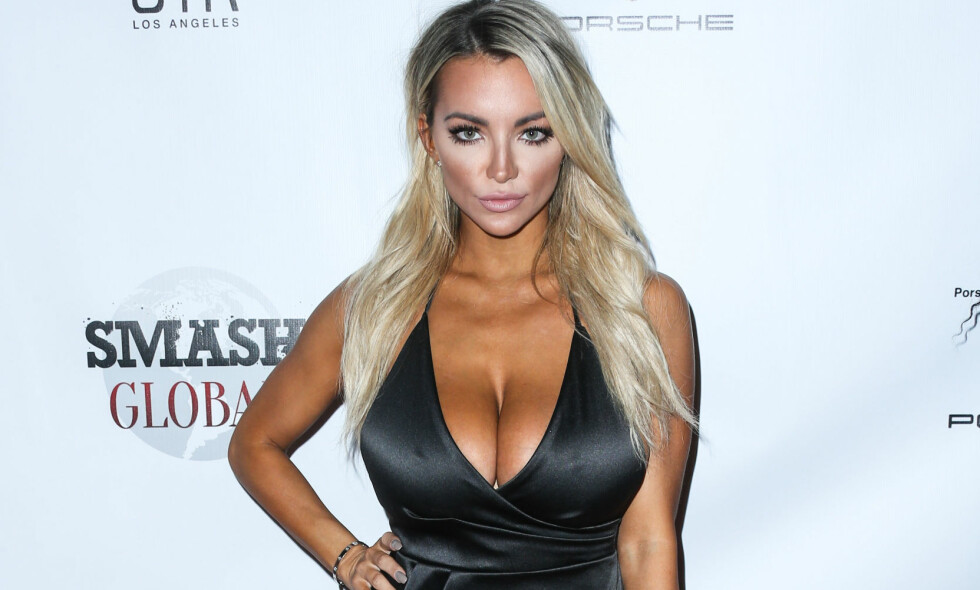<p>KAN BLI GOLFSPILLERS HØYRE HÅND: Modellen Lindsey Pelas <b>har takket ja til å være caddie for golfspiller Grayson Murray i The Masters. Dersom Murray kvalifiserer seg, vel å merke. Foto: </b>Xavier Collin/Image Press/Splash</p>