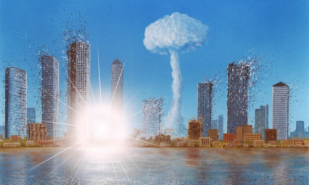 ATOMANGREP: Simulert atomangrep mot en stor by. Nedslaget følges av en soppformet sky, mens en bombe nummer to (i forgrunnen) ødelegger skyskrapere og andre bygninger. De menneskelige lidelsene er selvfølgelig enorme. Illustrasjon: Science Photo Library / NTB Scanpix