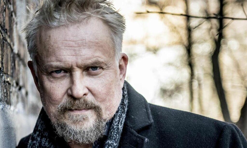image: «Elven»-aktuelle Dennis Storhøi spilte inn scener i 26 minusgrader: - Det er eksotisk for oss «søringa»