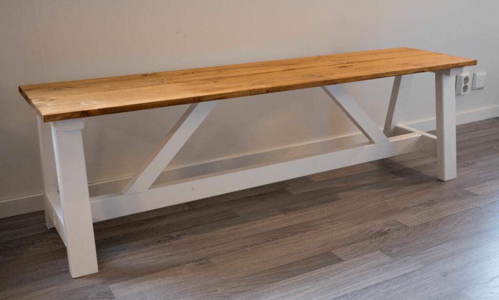 UTE?: Skal benken brukes ute bør du bruke impregnerte materialer for å øke holdbarheten. FOTO: Simen Søvik
