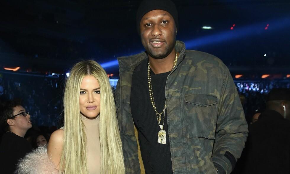EKSPAR: Khloé Kardashian og Lamar Odom var formelt gift i syv år, før de skilte seg i fjor. Her avbildet sammen et halvt år etter sistnevntes bordell-kollaps i 2015, der han svevde mellom liv og død. Foto: Jamie McCarthy / Getty / NTB Scanpix