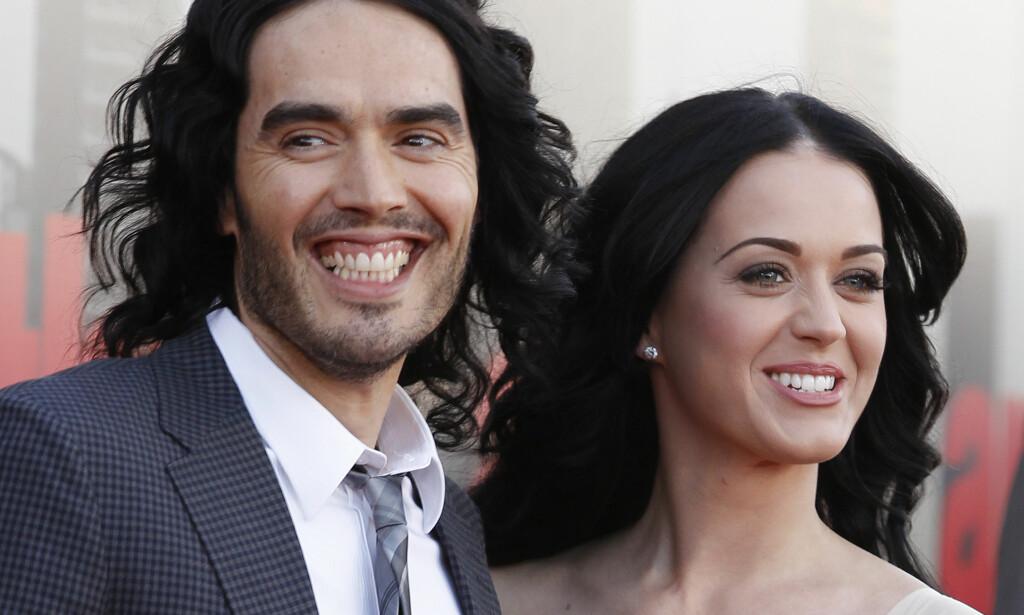 SUPERPAR: Russel Brand dumpet Katy Perry via tekstmelding i 2011. I et nytt intervju forklarer han hvorfor han gjorde det slutt. Foto: Joel Ryan / NTB Scanpix
