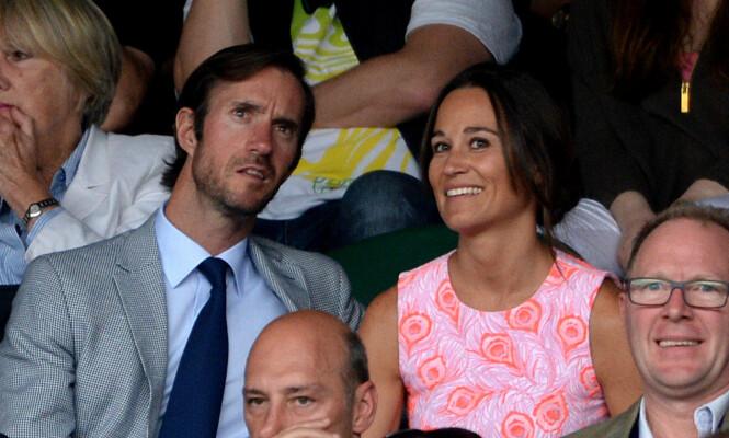 FORLOVET: Ifølge Daily Mail og en rekke andre medier ble James Matthews og Pippa Middleton forlovet i juli i fjor. Her er de sammen under Wimbledon i 2016. Foto: Pa Photos <div><br></div>