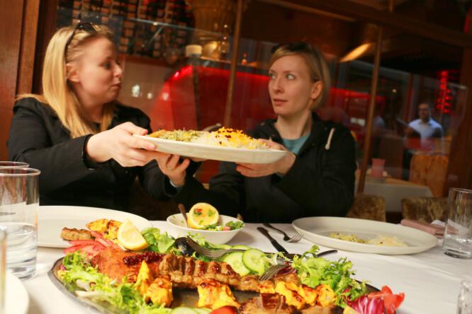 <strong>PÅ DELING:</strong> Store porsjoner, selv om vi tok et par retter på deling. Foto: Kristin Sørdal