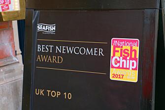 <strong>MAYFAIR CHIPPY MED UTMERKELSER:</strong> Jepp, her er det bra kvalitet på fish and chips. Foto: Hanna Sikkeland